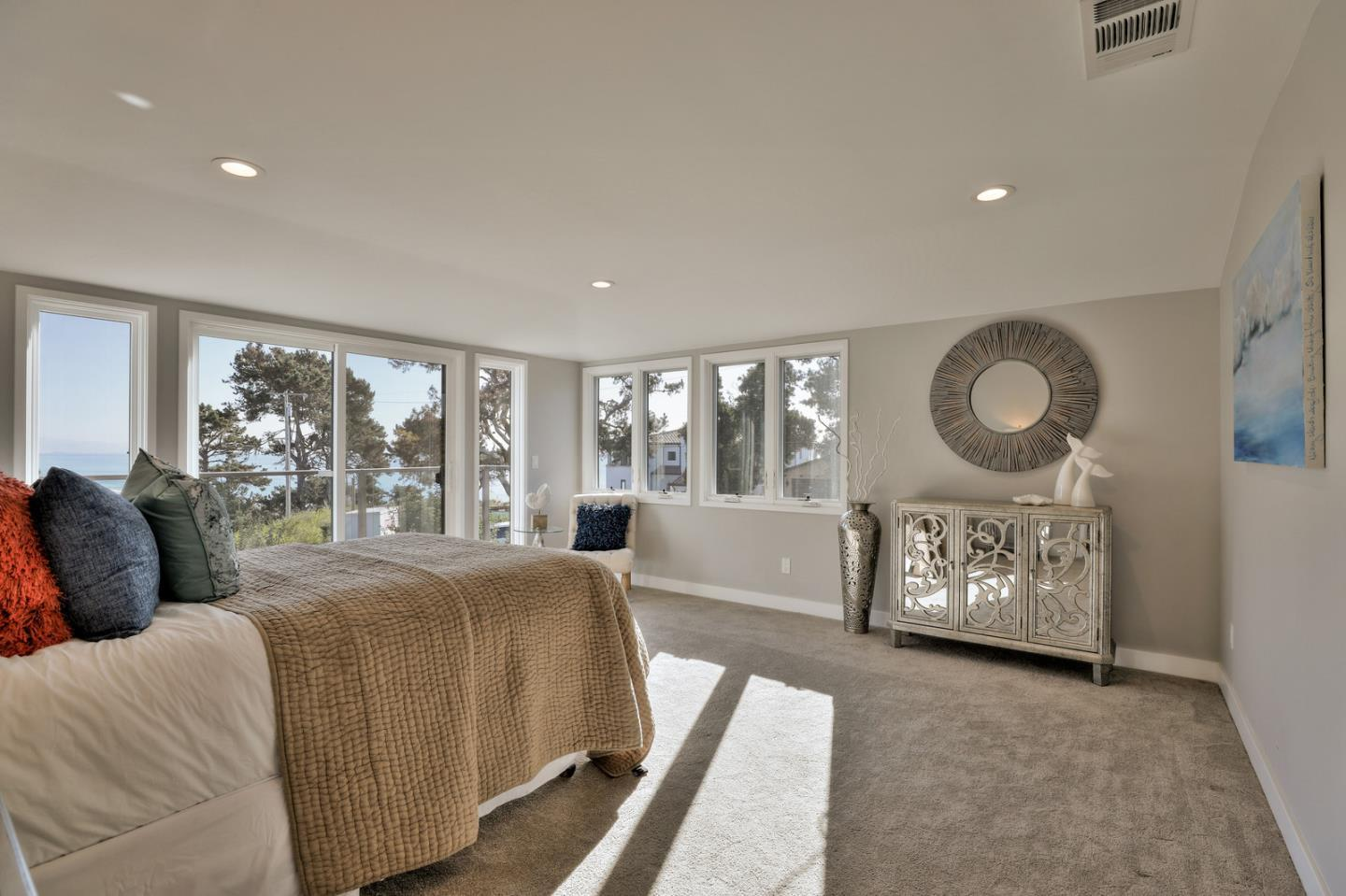 657 Bayview DR photo