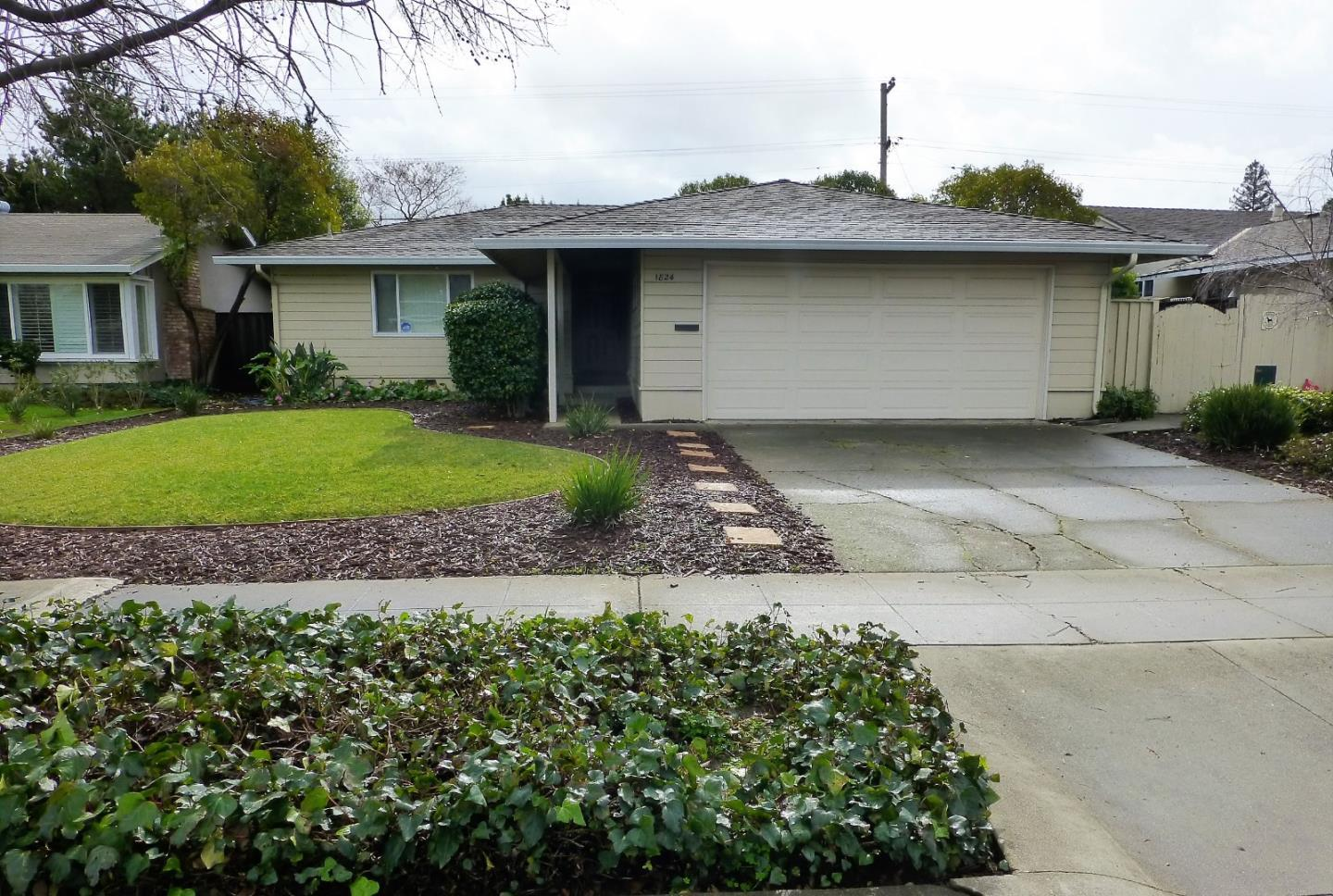 1824 Rosswood DR photo