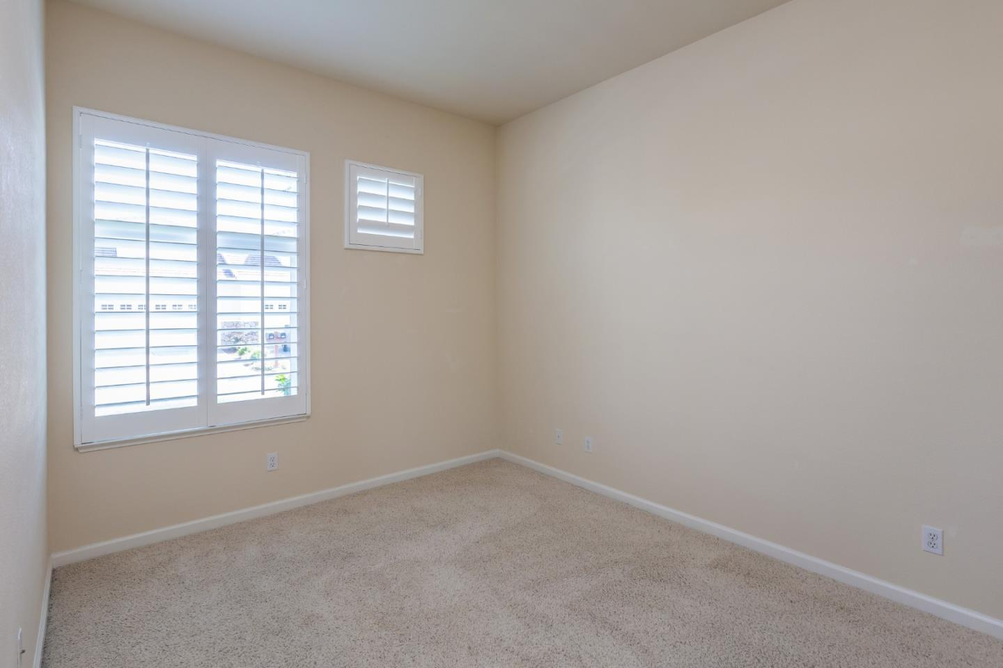 2057 Folle Blanche DR photo