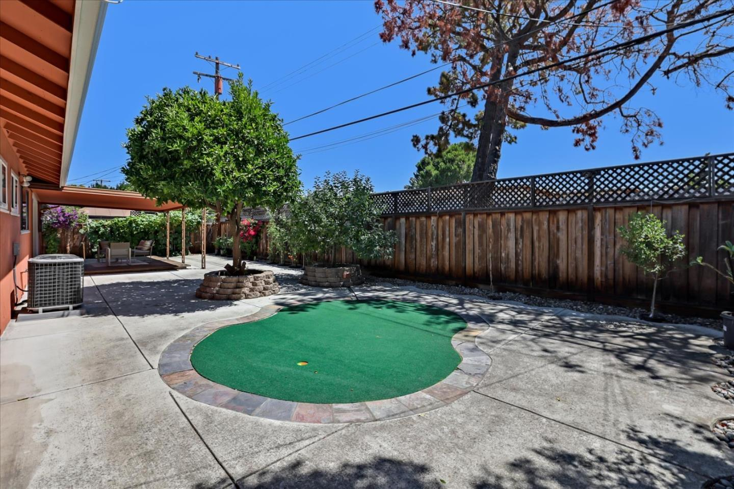 671 Hillsdale AVE photo