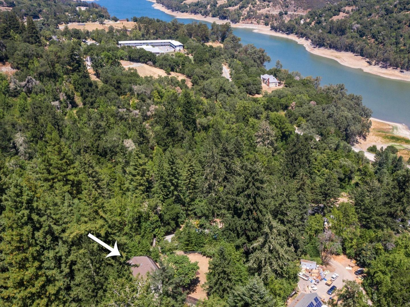20000 Wright DR photo