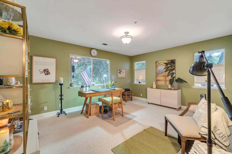 8761 Woodland Heights LN photo