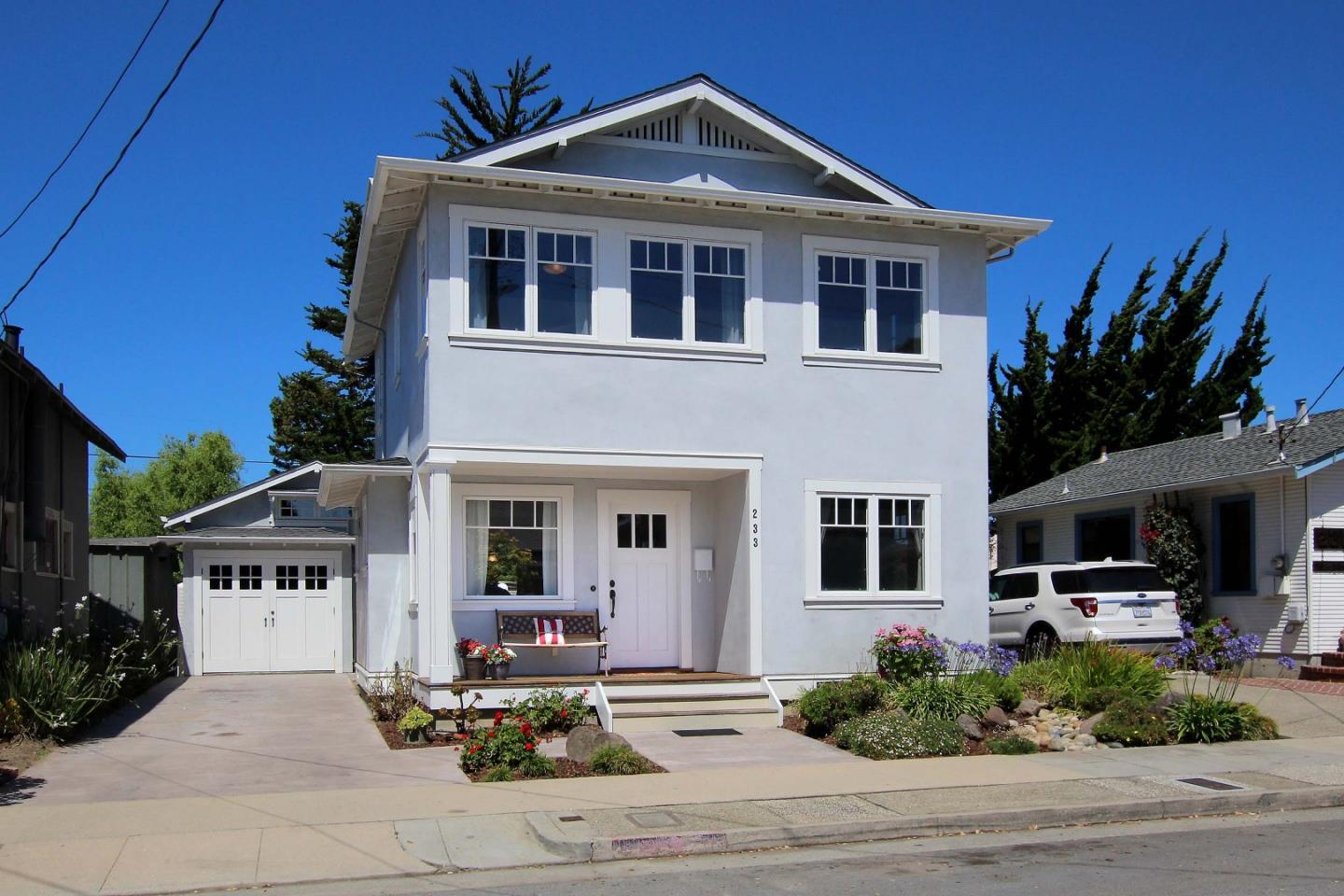 233 3rd AVE photo