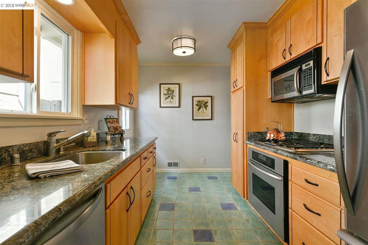 3839 Elston Ave preview