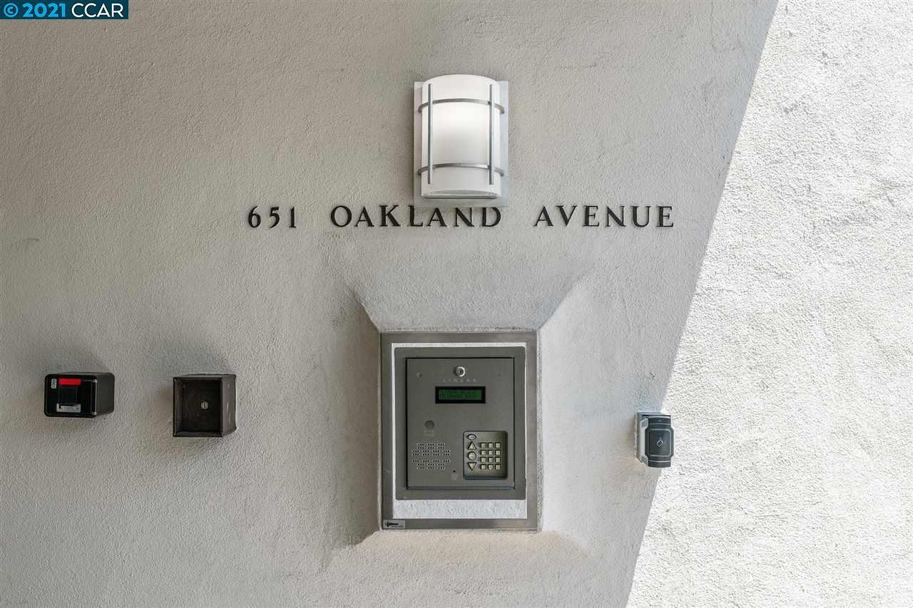 651 Oakland Ave #1D photo