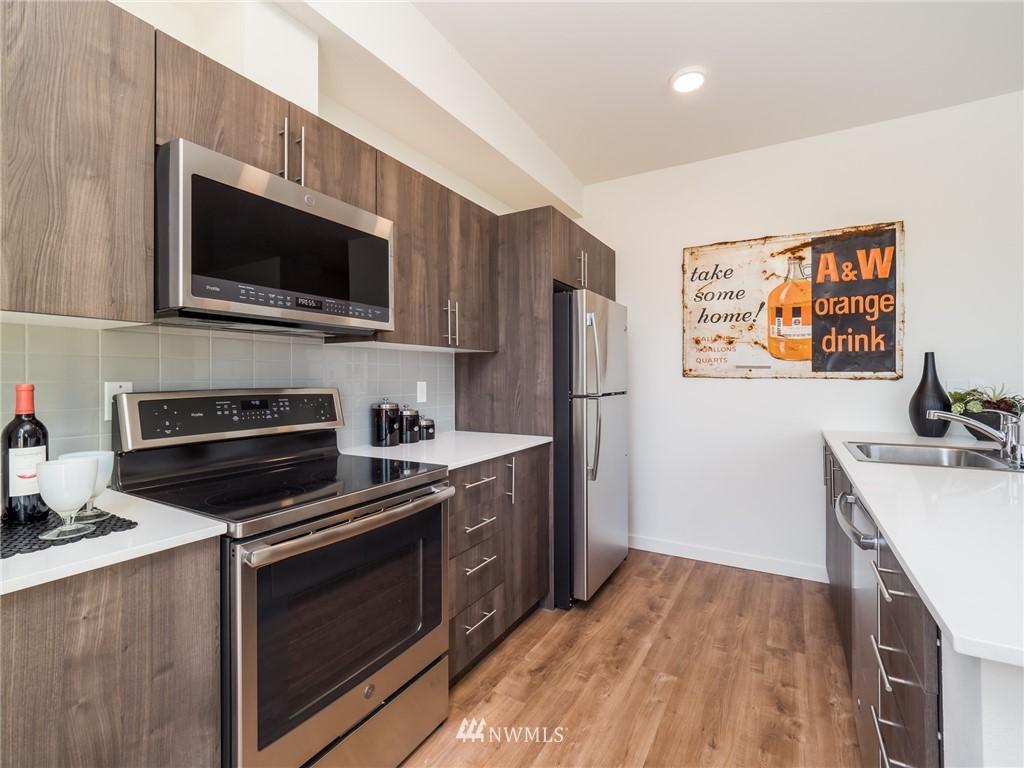 121 12th E  Avenue, Unit 509 photo