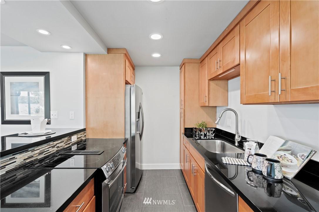 3834 175th NE  Avenue, Unit B402 photo