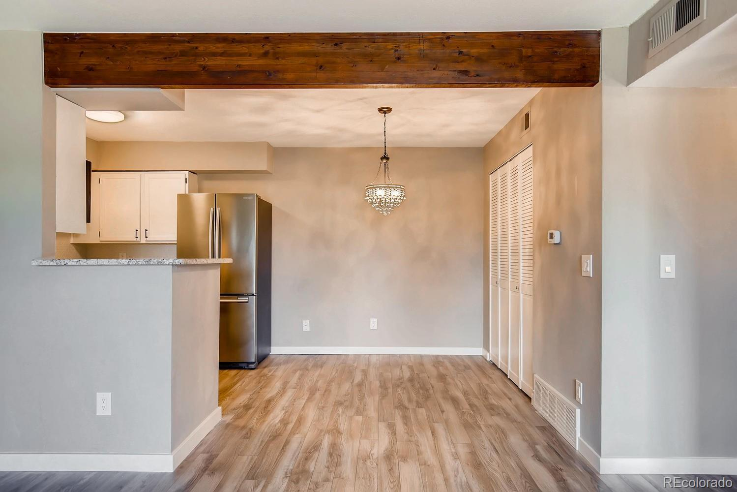 331  Wright Street  206 preview
