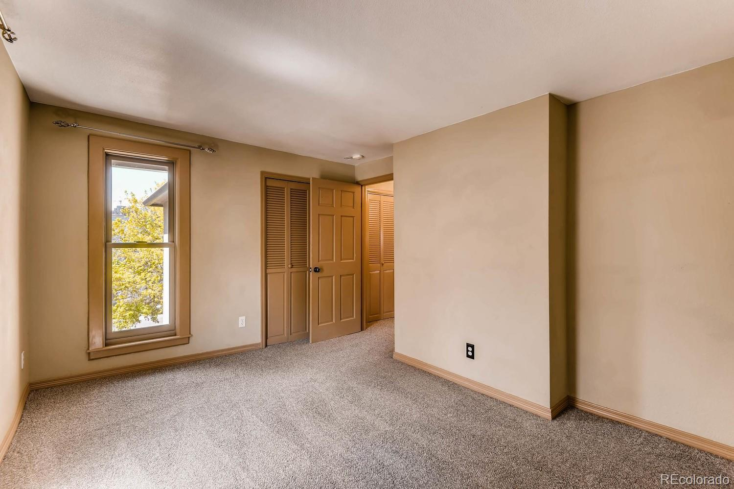 2084  Clarkson Street preview