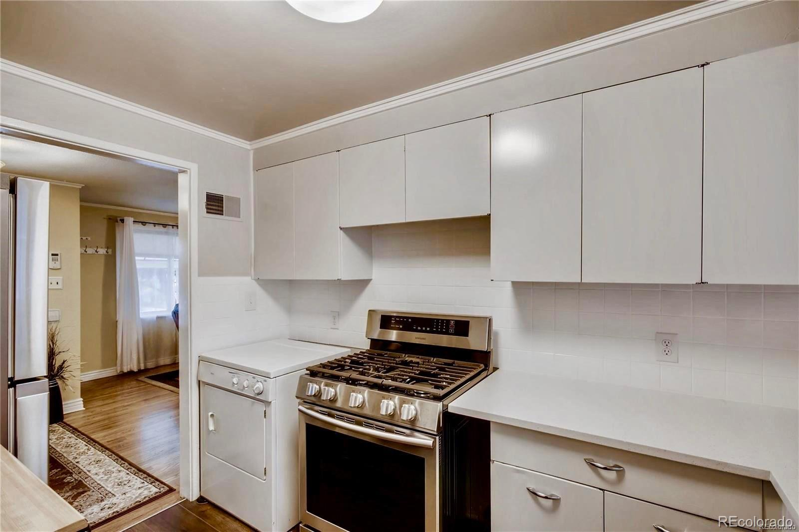 1010  Hanover Street preview