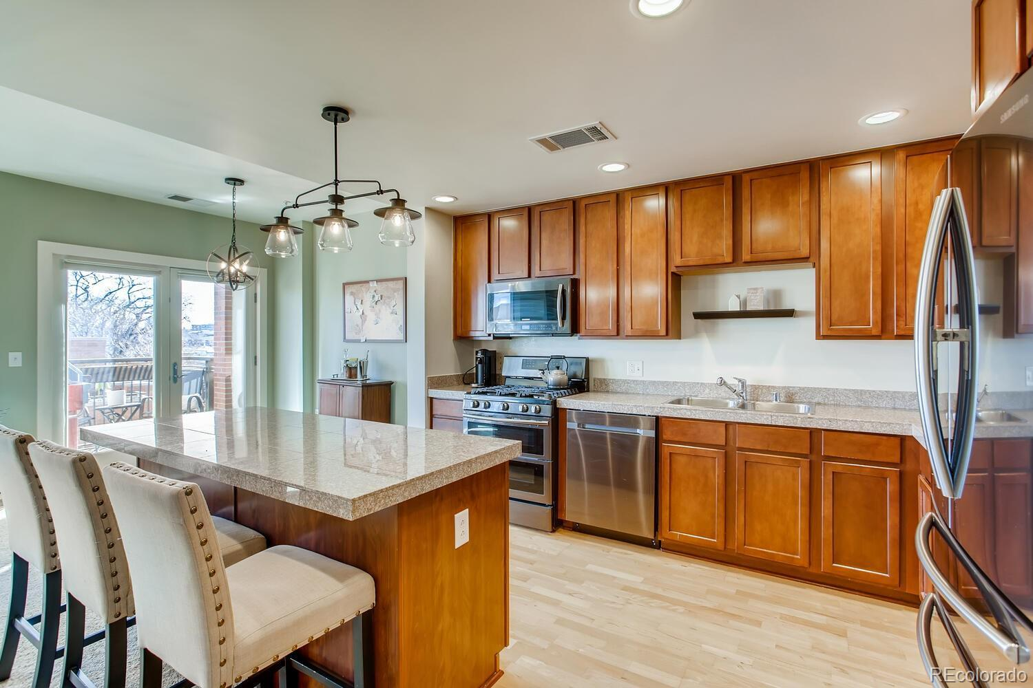 UNDER CONTRACT: Beautiful Uptown Condo Steps from Phenomenal Restaurants! preview