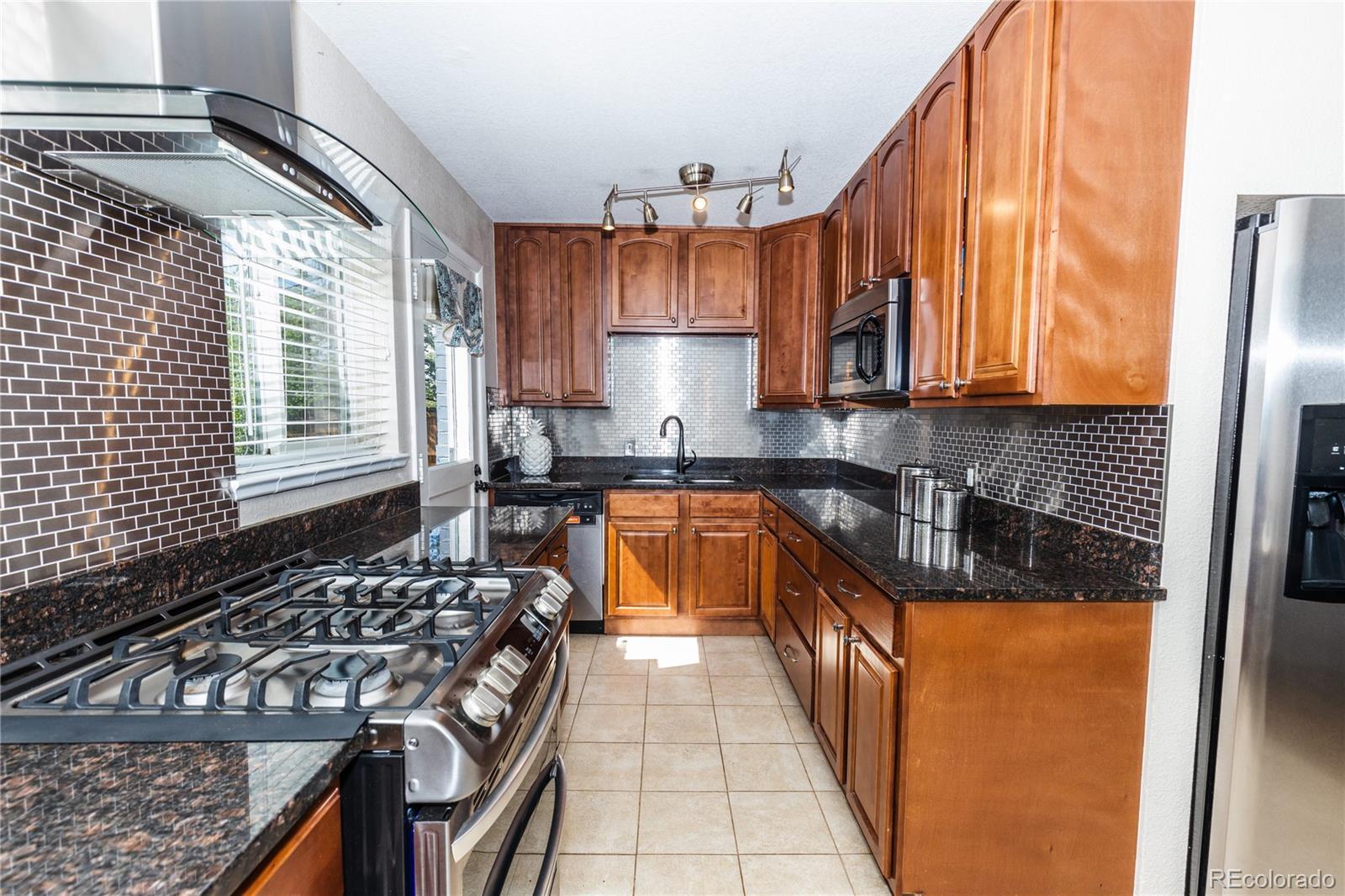 2885 S Vine Street photo