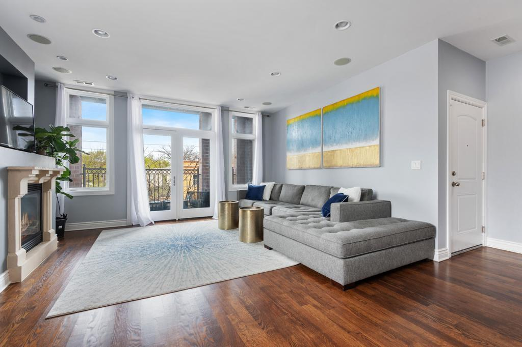 4156 N Elston Avenue # 2N preview
