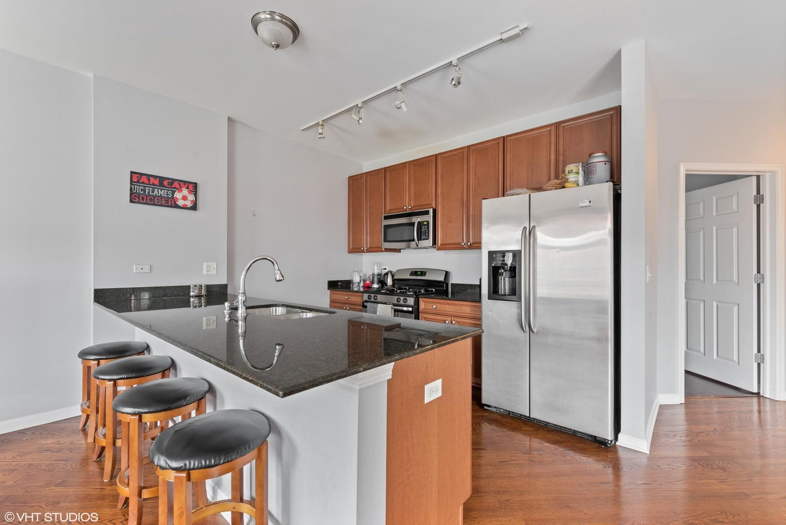 1407 S Halsted Street # 2B preview