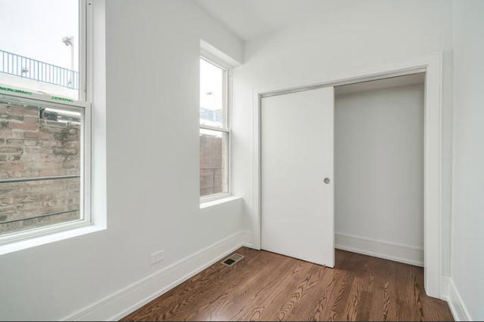1719 W 18th  Street, Unit 2-FRONT photo