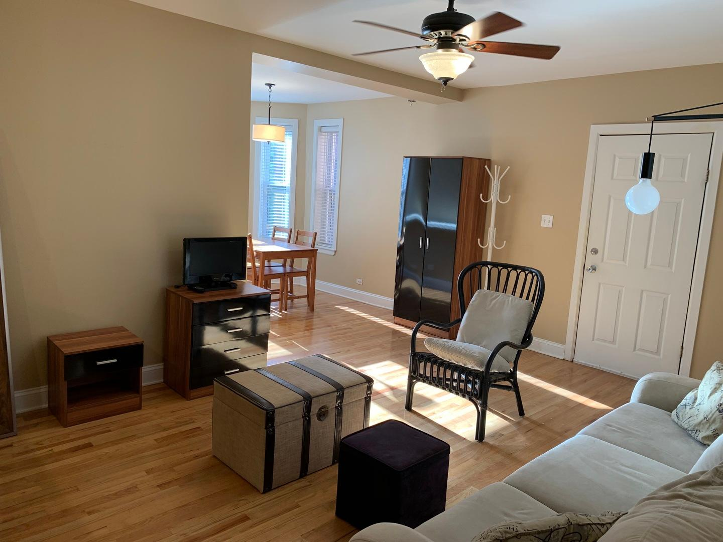 4109 N Sheridan  Road, Unit 2S preview