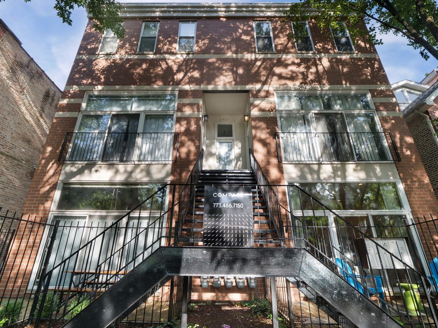 1711 N Hoyne Avenue # 1S preview