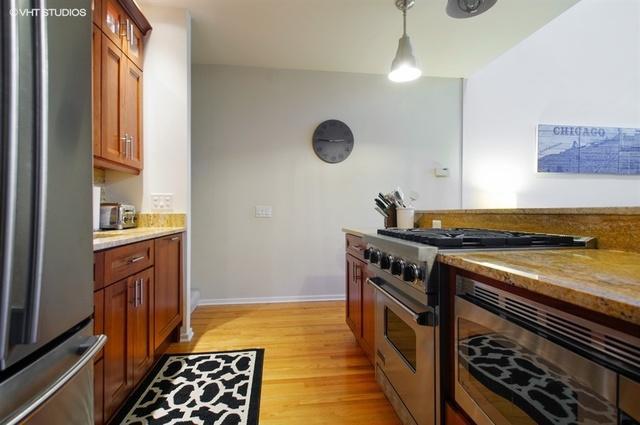 1100 West Cornelia Avenue Unit: 114 preview