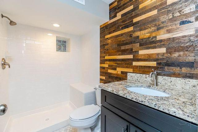 2341 Gunderson Avenue preview