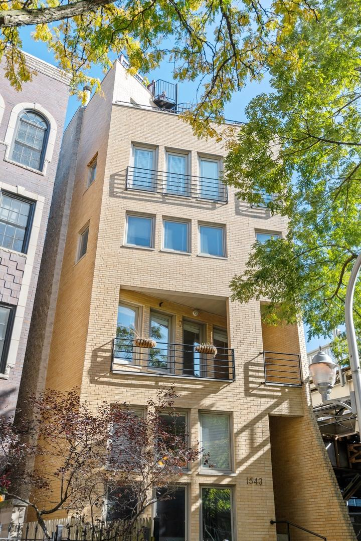 1543 N Hudson  Avenue, Unit 3E