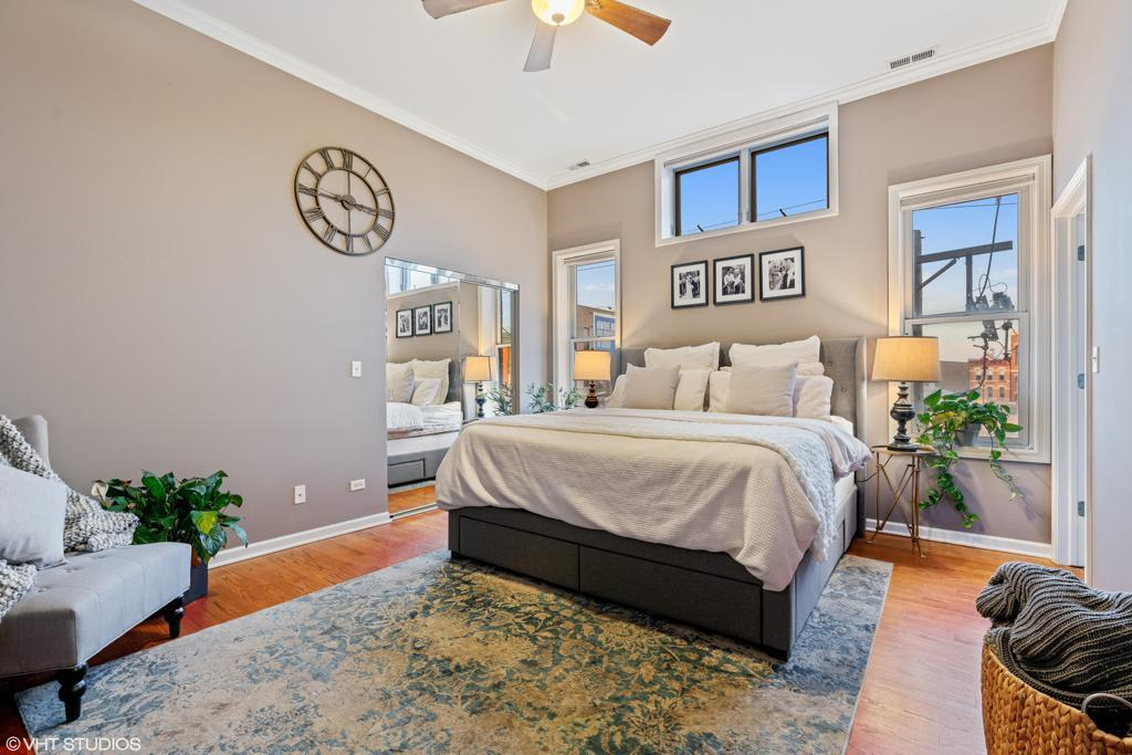 744 N May Street # 301 preview