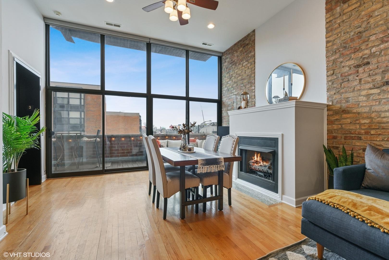 1552 W FULLERTON  Avenue, Unit 3 photo