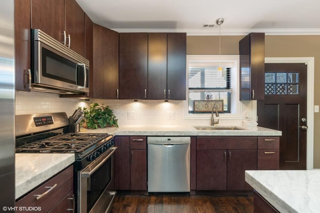 2823 N Damen Avenue # 2 preview