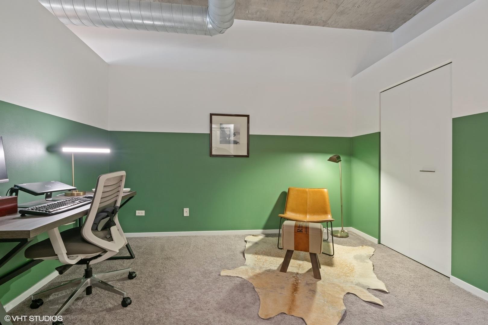 1000 W Adams  Street, Unit 404 photo