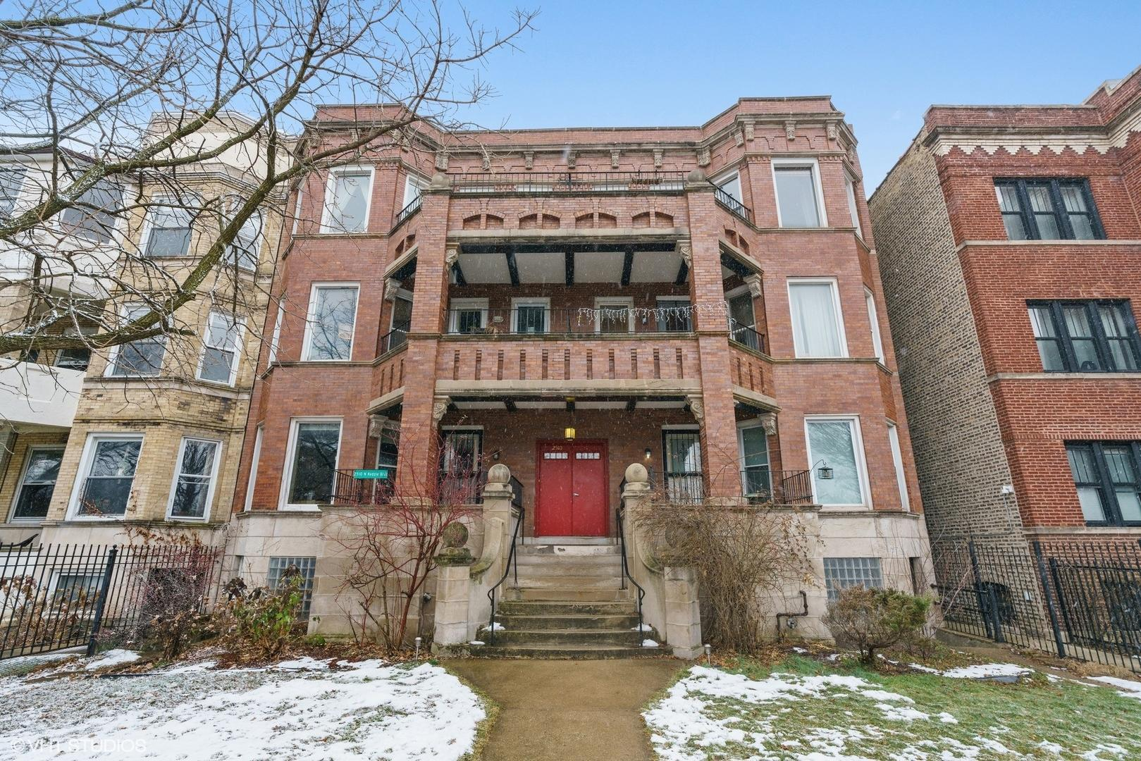2510 N Kedzie  Avenue, Unit 3N