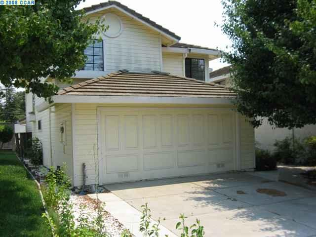 2274 Foxhill Dr photo