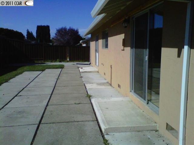 2710 Montgomery Ave photo