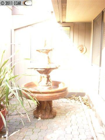 3141 Hambletonian Ln photo