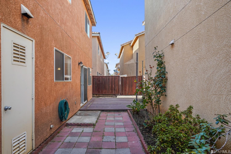 1069 Cantana Terrace photo