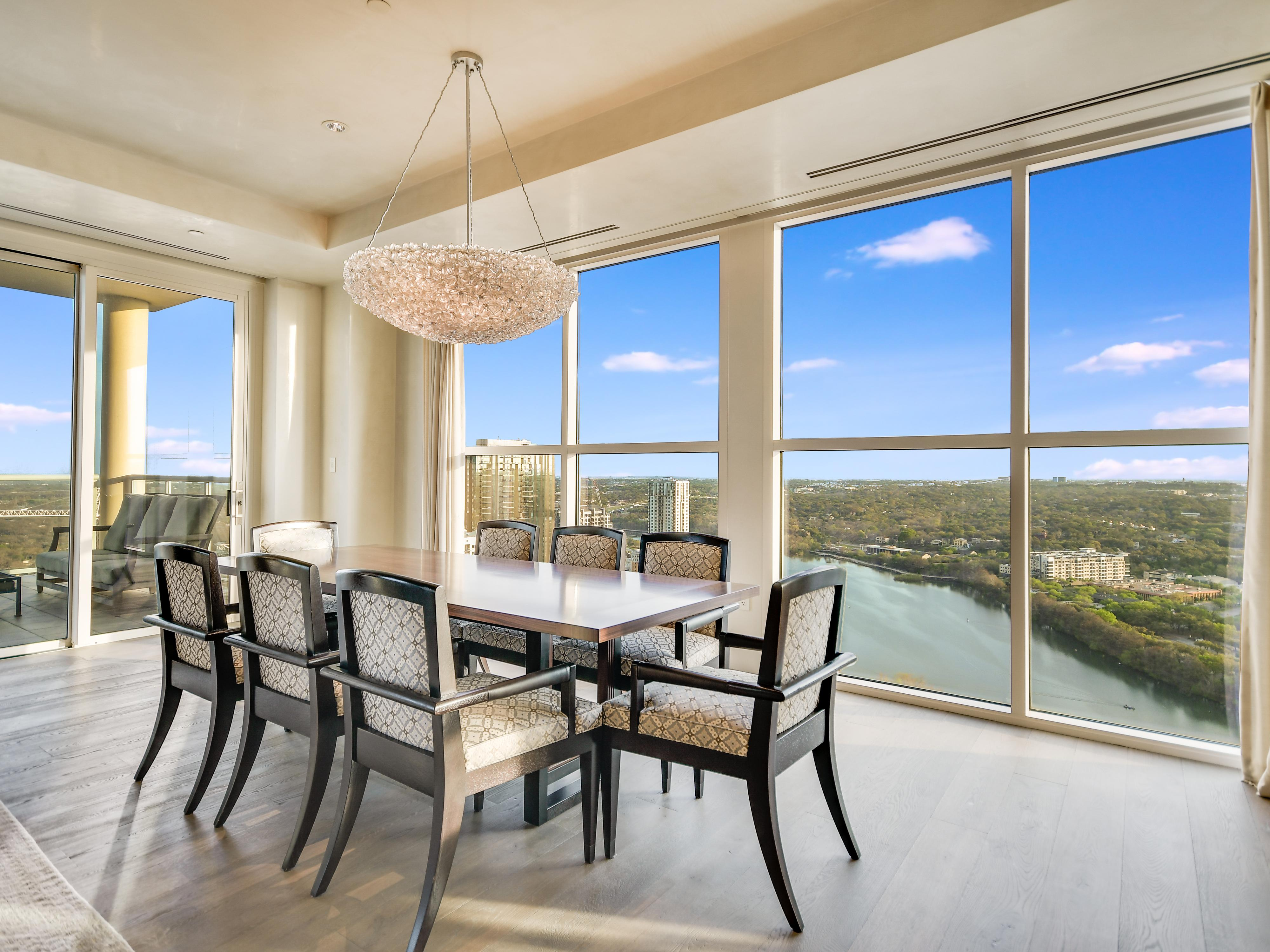 98 San Jacinto Boulevard, 30th Floor Penthouse