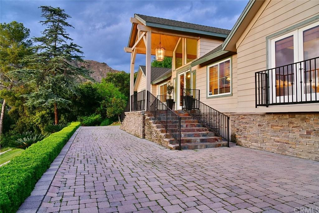 1770 Mountain Lane photo