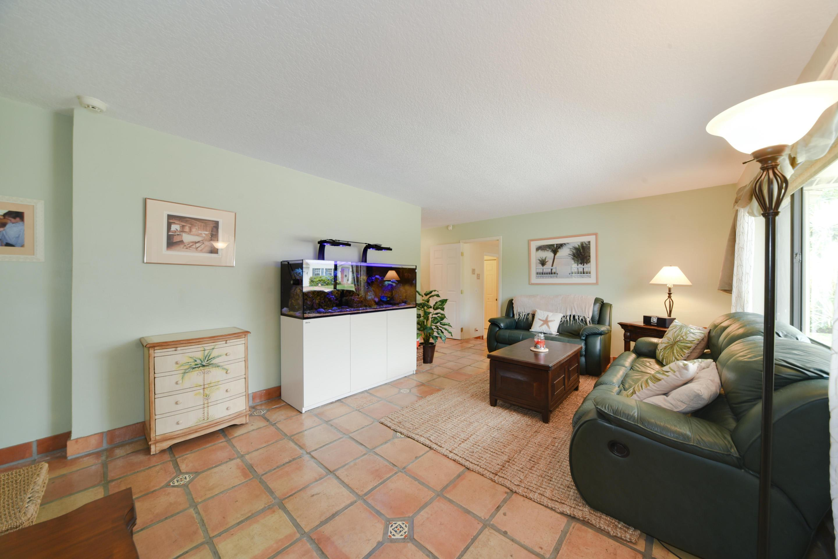 102 Gregory Road photo