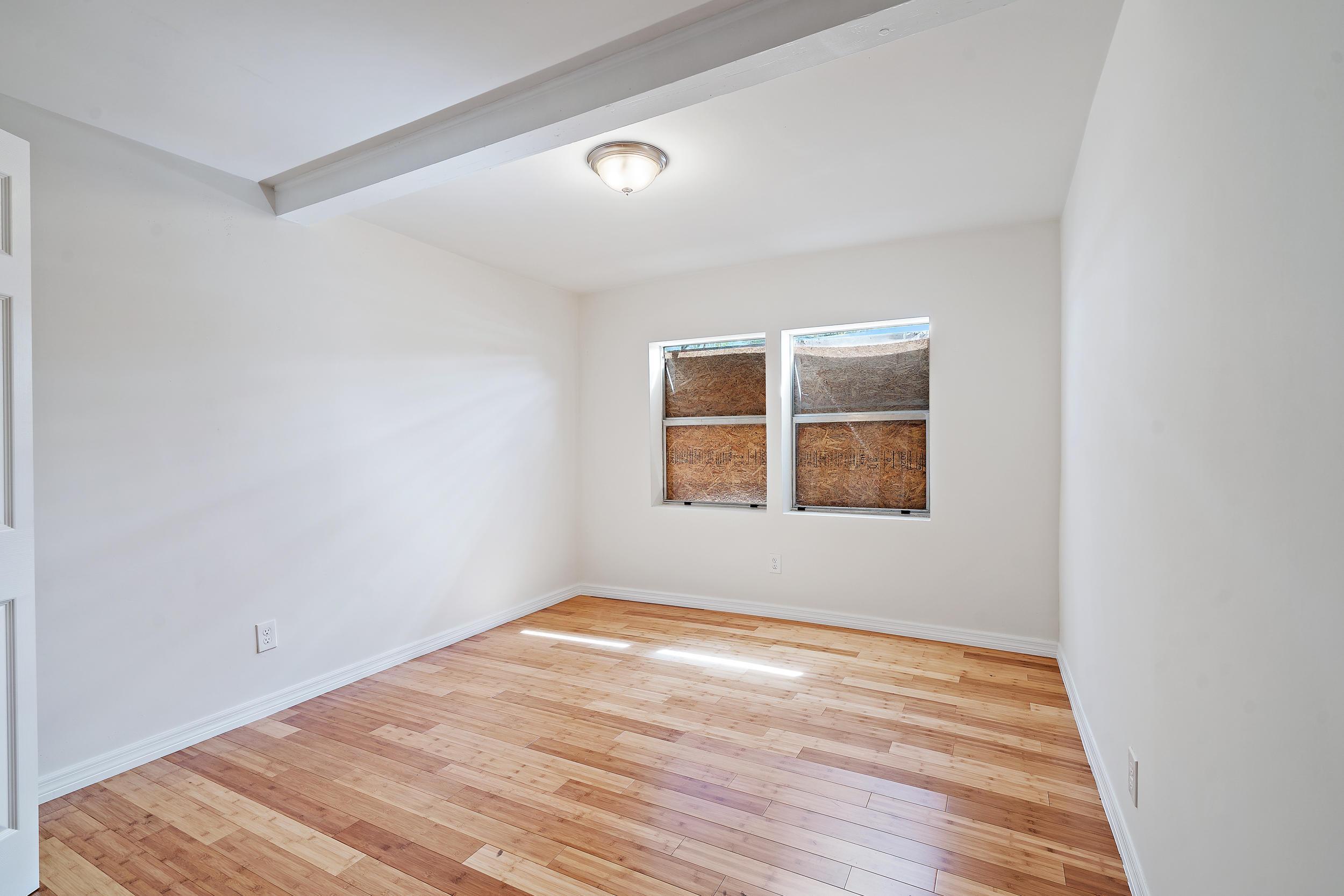 3808 Greenwood Avenue photo