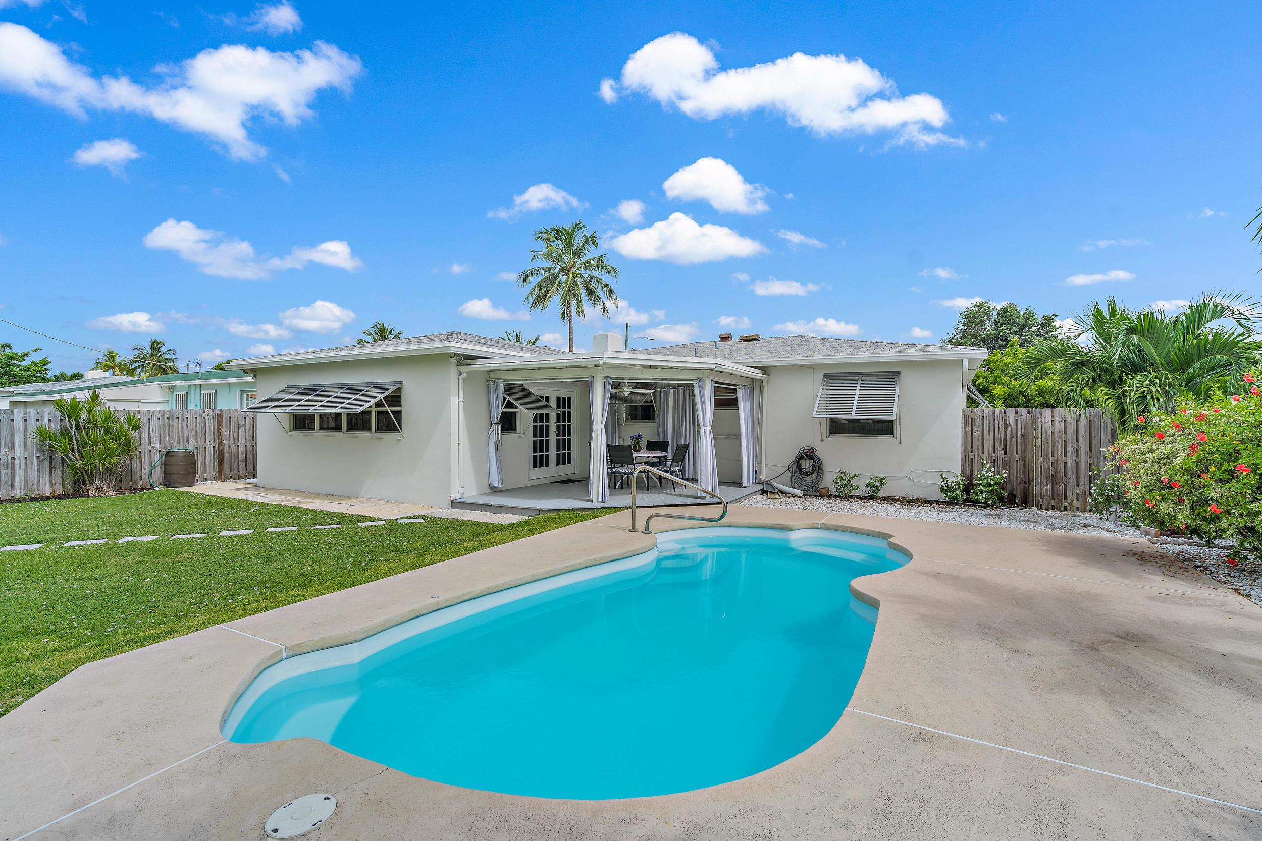 346 Laurie Road photo