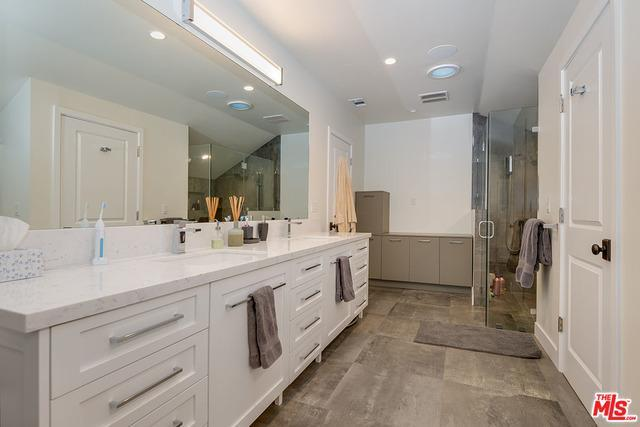 5905 HILLVIEW PARK AVE preview