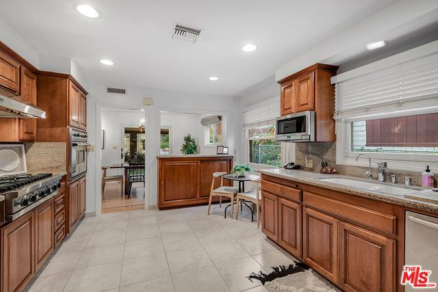 3684 WRIGHTWOOD DR preview