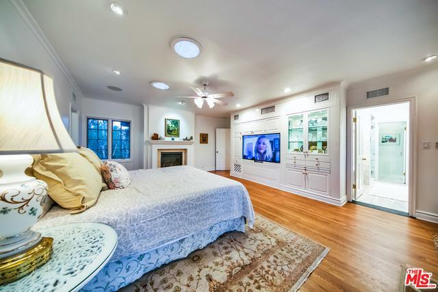 10125 VALLEY SPRING LN preview
