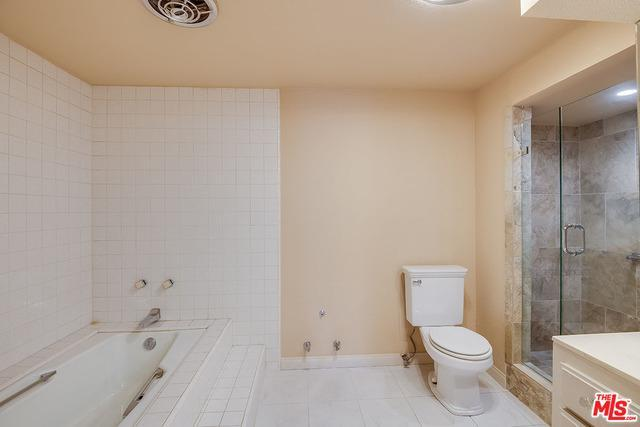 10409 RIVERSIDE DR # 204 preview