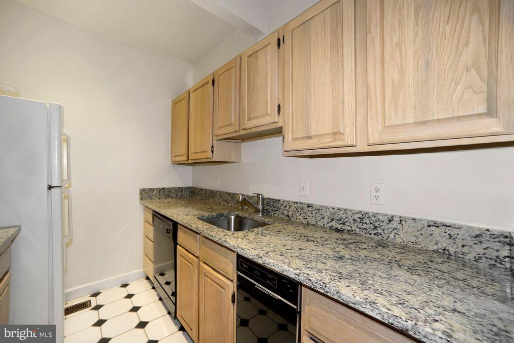 1715 SWANN ST NW #2 preview