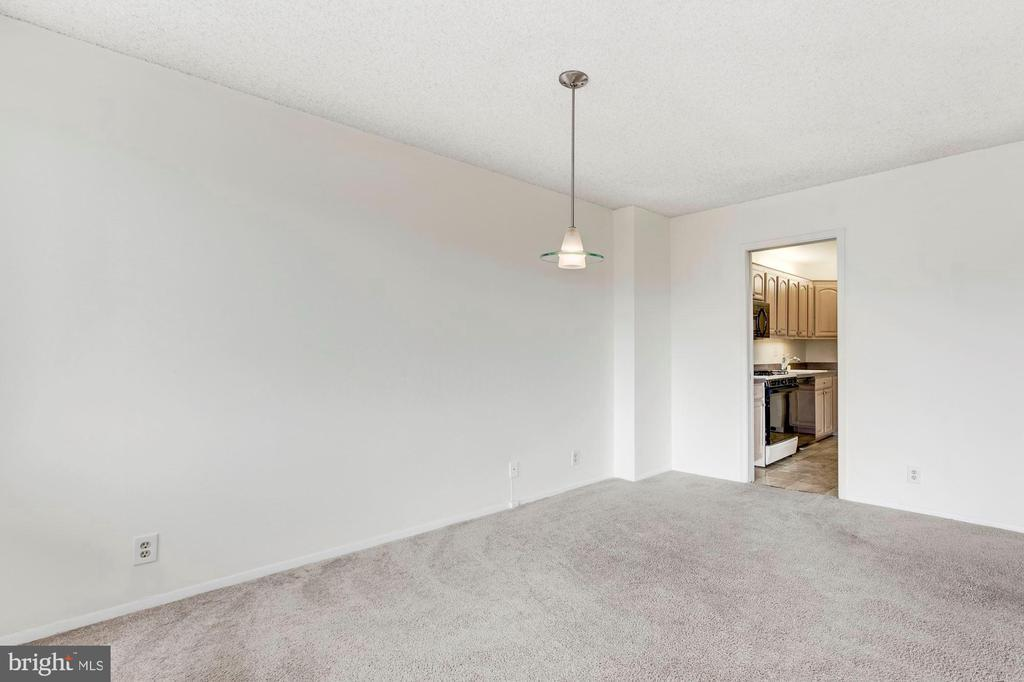 4515 WILLARD AVE #2011S preview