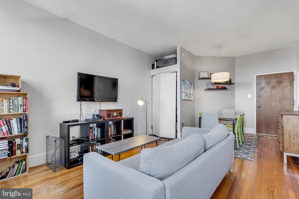 1615 Q ST NW #609 preview