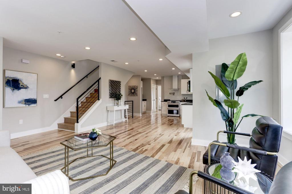 1201 WEST VIRGINIA AVE NE #2 preview