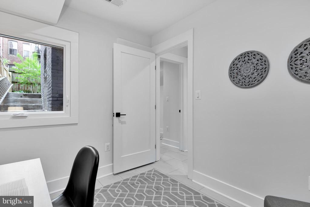1468 NEWTON ST NW #1 preview