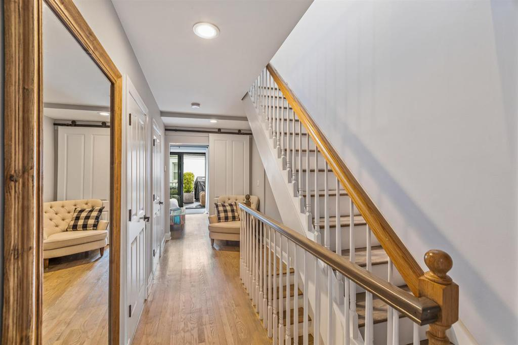 107 WILLOW TERRACE preview
